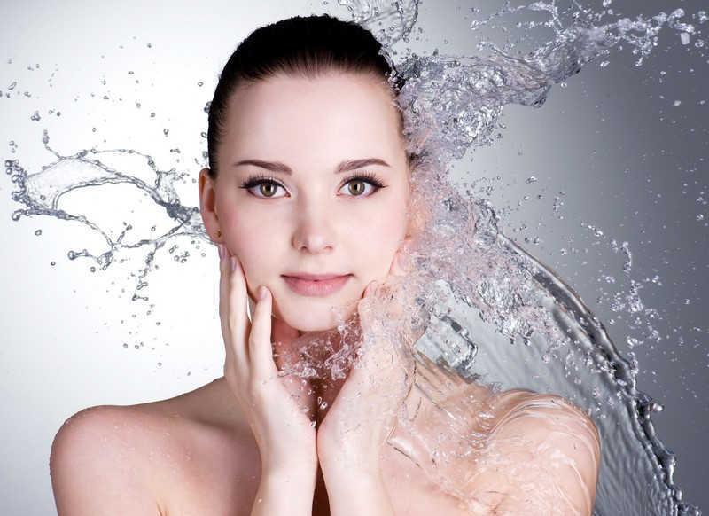 Sữa làm sạch dịu nhẹ cho da khô, nhạy cảm, kích ứng SENSIPLUS HYDRASILK CLEANSING MILK